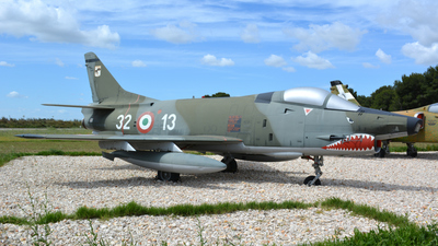 MM6952 - Fiat G.91Y - Italy - Air Force