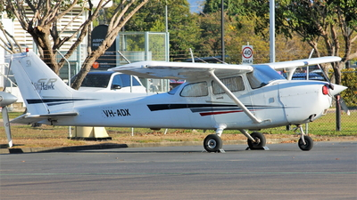 VH-ADX - Cessna 172S Skyhawk SP - Private