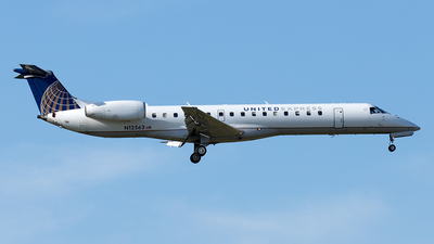 A picture of N12563 - Embraer ERJ145LR - United Airlines - © Yixin Chen
