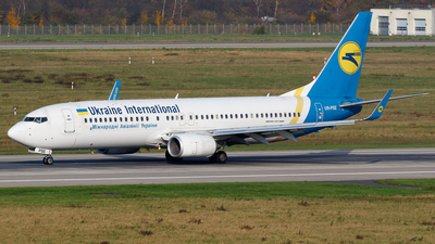 UR-PSE - Boeing 737-84R - Ukraine International Airlines