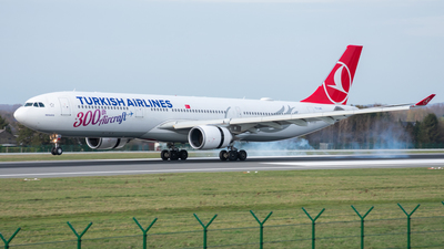A picture of TCLNC - Airbus A330303 - Turkish Airlines - © ebbrspotter