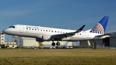 N118SY - Embraer 170-200LR - United Express (SkyWest Airlines)