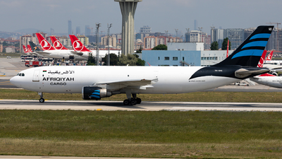 A picture of 5AONS - Airbus A300B4622R(F) - Afriqiyah Airways - © Sebastian Sowa
