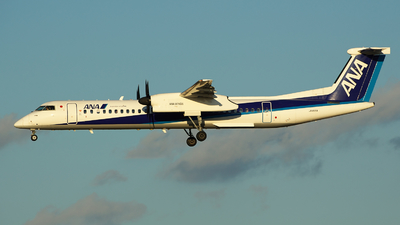 JA855A - Bombardier Dash 8-Q402 - ANA Wings