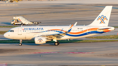 A picture of 9NAJK - Airbus A319115 - Himalaya Airlines - © Yan Shuai