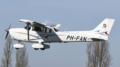 PH-FAN - Cessna 172S Skyhawk SP - Private