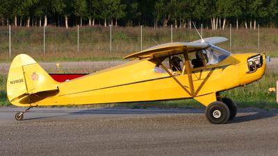 N31038 - Piper J-5A Cub Cruiser - Private