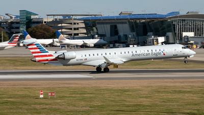A picture of N611NN - Mitsubishi CRJ900LR - American Airlines - © Yan777