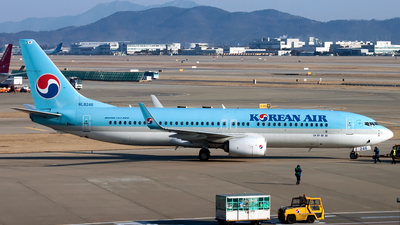 HL8246 - Boeing 737-8SH - Korean Air