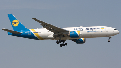 UR-GOB - Boeing 777-28E(ER) - Ukraine International Airlines