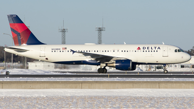 N328NW - Airbus A320-211 - Delta Air Lines