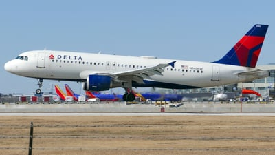 A picture of N360NW - Airbus A320212 - Delta Air Lines - © Seth The Spotter