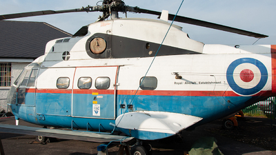 XW241 - Aérospatiale SA 330F Puma - United Kingdom - Royal Aircraft Establishment