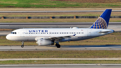 A picture of N817UA - Airbus A319131 - United Airlines - © Rocky Wang