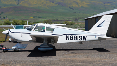N8819W - Piper PA-28-235 Cherokee - Private