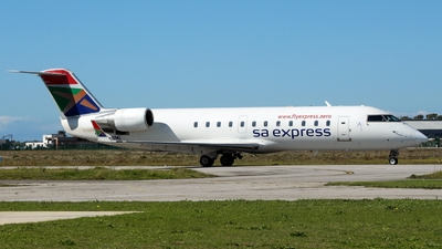 ZS-NMI - Bombardier CRJ-200ER - SA Express