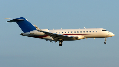 VP-BCY - Bombardier BD-700-1A11 Global 5000 - Private