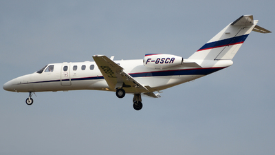F-GSCR - Cessna 525B CitationJet 3 - Unijet