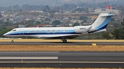 N8833 - Gulfstream G650 - Private
