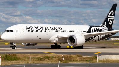 ZK-NZD - Boeing 787-9 Dreamliner - Air New Zealand