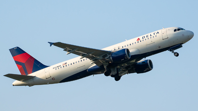A picture of N331NW - Airbus A320211 - Delta Air Lines - © Evan Dougherty
