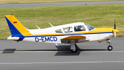 D-EMCD - Piper PA-28R-200 Cherokee Arrow II - Private