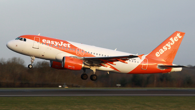 A picture of GEZAF - Airbus A319111 - easyJet - © DarrenWilson