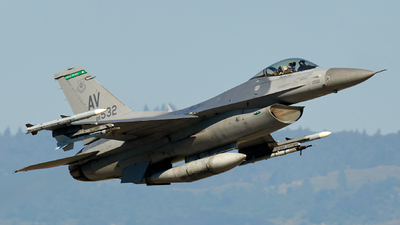 88-0532 - General Dynamics F-16CG Fighting Falcon - United States - US Air Force (USAF)