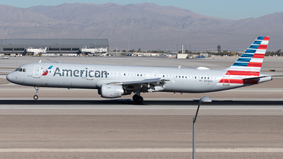 A picture of N178US - Airbus A321211 - American Airlines - © Yixin Chen