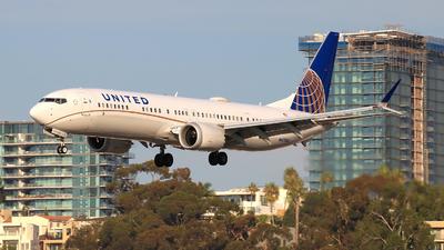 N47505 - Boeing 737-9 MAX - United Airlines