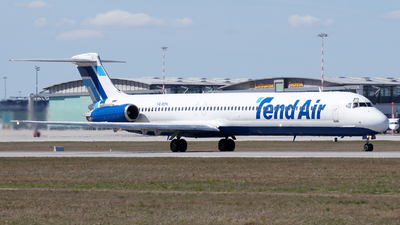 YR-MDK - McDonnell Douglas MD-82 - Tend Air