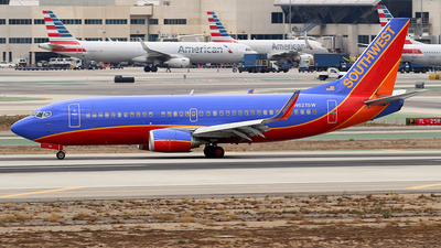 N621SW - Boeing 737-3H4 - Southwest Airlines
