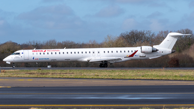 A picture of ECMLC - Mitsubishi CRJ1000 - Iberia - © Alexandre Raineau