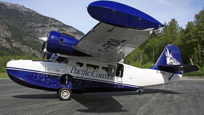 C-FIOL - Grumman G-21A Goose - Pacific Coastal Airlines