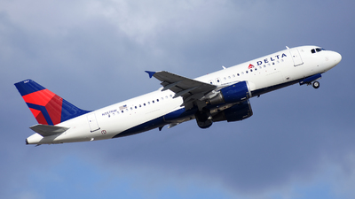 A picture of N357NW - Airbus A320212 - Delta Air Lines - © Michael Rodeback