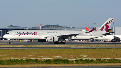 A picture of A7ANA - Airbus A3501041 - Qatar Airways - © Kayra D.