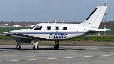 F-GHRG - Piper PA-46-310P Malibu - Private