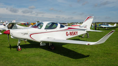 G-NSKY - Alpi Pioneer 400 - Private