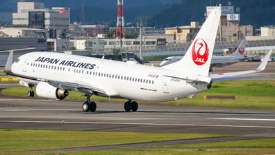 JA326J - Boeing 737-846 - Japan Airlines (JAL)