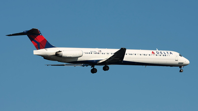 N974DL - McDonnell Douglas MD-88 - Delta Air Lines