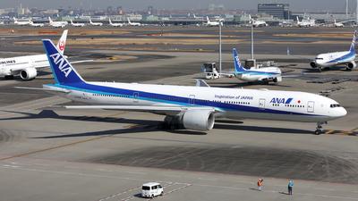 A picture of JA782A - Boeing 777381(ER) - [33416] - © kouyagi