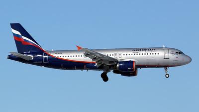 VP-BZS - Airbus A320-214 - Aeroflot