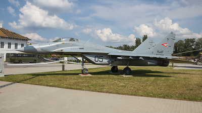 05 - Mikoyan-Gurevich MiG-29B Fulcrum A - Hungary - Air Force