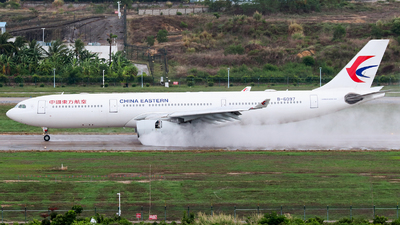 B-6097 - Airbus A330-343 - China Eastern Airlines