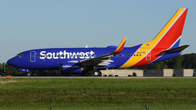 A picture of N563WN - Boeing 737752 - Southwest Airlines - © DJ Reed - OPShots Photo Team