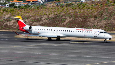 A picture of ECMTZ - Mitsubishi CRJ1000 - Iberia - © Nelson Sousa