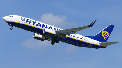A picture of 9HQEH - Boeing 7378AS - Ryanair - © marfi80