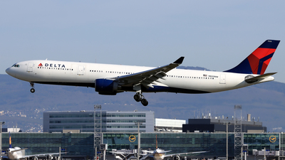 A picture of N820NW - Airbus A330323 - Delta Air Lines - © Eddie Heisterkamp