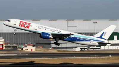 A picture of D4CBP - Boeing 7572Q8 - [30045] - © Daniel Lapierre Forget
