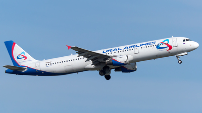 A picture of VPBVP - Airbus A321211 - Ural Airlines - © Turkay Oksuz
